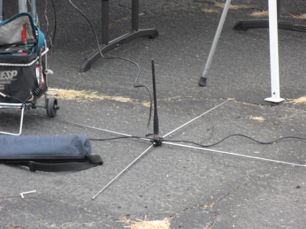 Interesting idea for a portable antenna