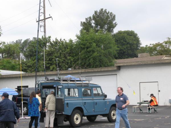 Land Rover portable VHF/UHF/HF station