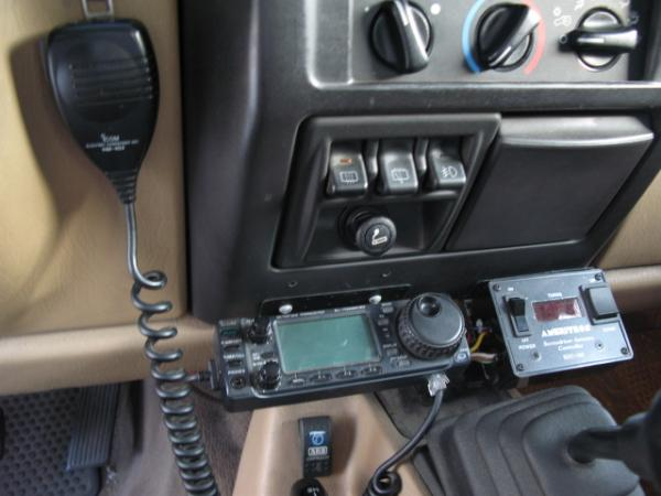 Icom 706MKIIG head and Ameritron antenna controller