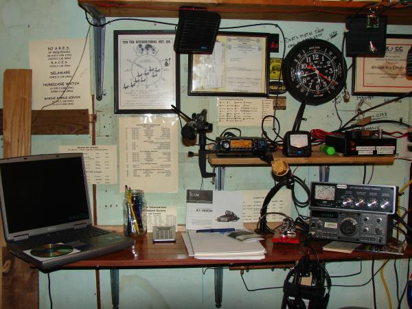 My revised shack, I eliminated The VHF Marine, and Uniden 440 Mhz radio, moved the IC-2200H to my Jeep Liberty, and replaced them with a new Icom ID-880H D-Star unit. Both my Dual Band, and HF radios now have foot actuated Heil Microphones, the HF radio