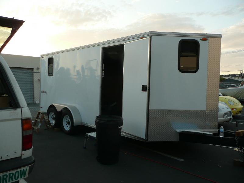 Installing windows in the 'V'-nose trailer