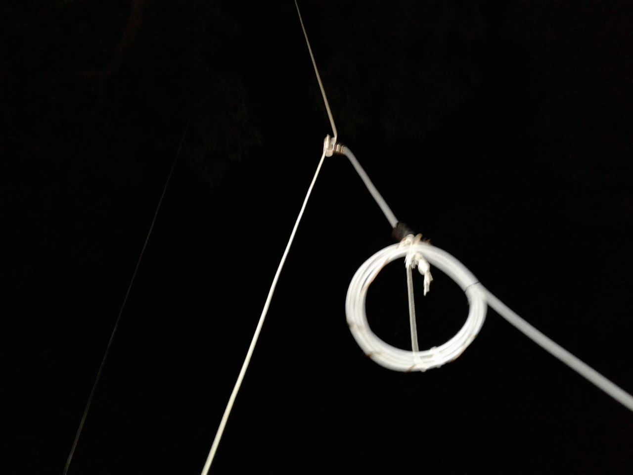 "home made 'Vertical' Dipole ""Lambda"""